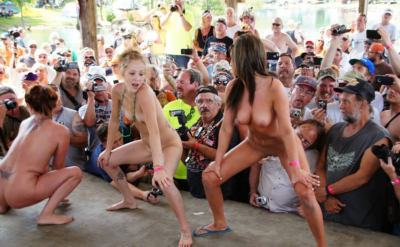 rock star naked girls