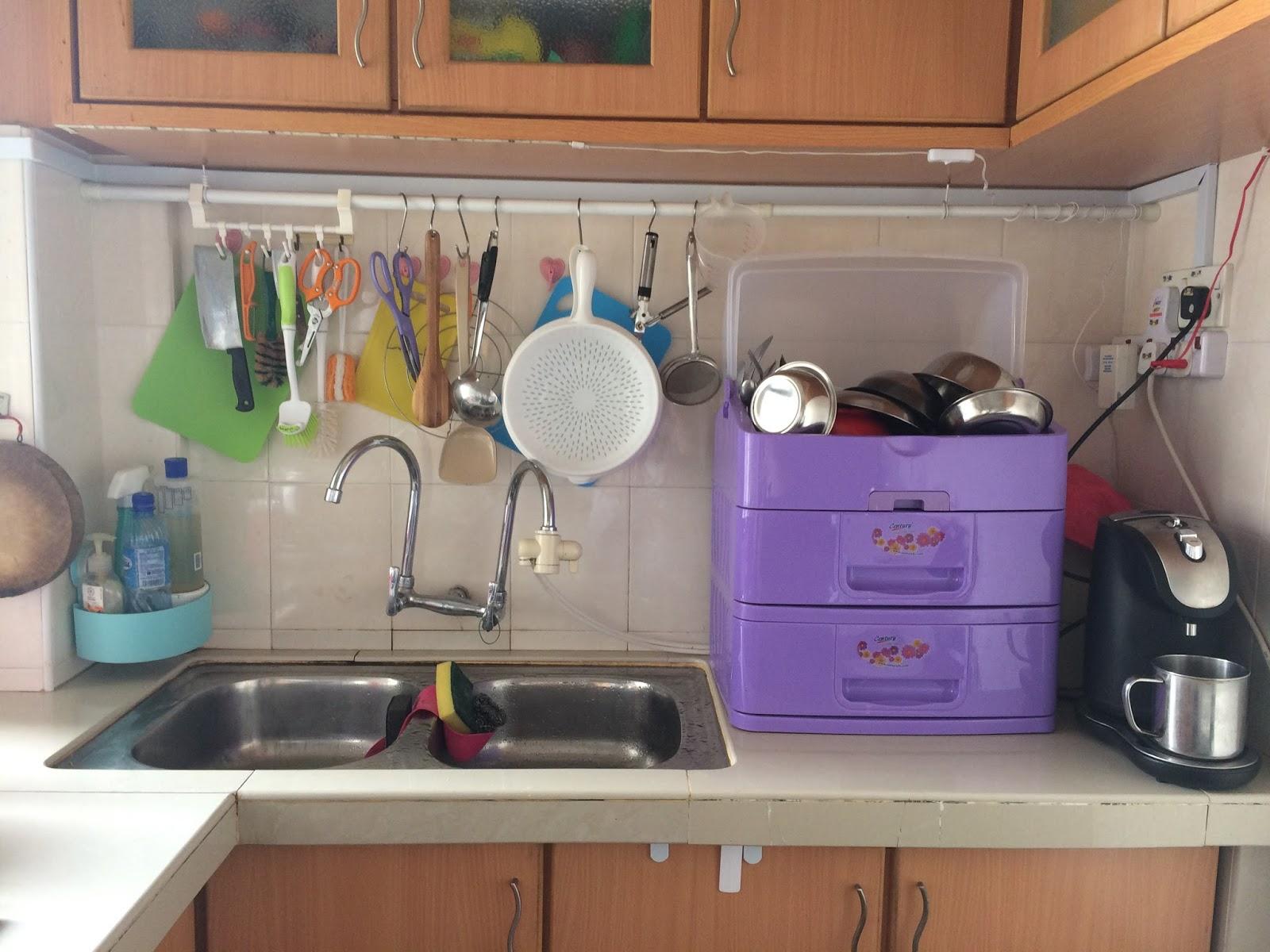 speed racks for kitchen quartz countertops 吉事多整理justdo organize 厨房整理 果敢丢弃晾碗架 客户要求 想要厨房容易清洁 做菜可以更方便些 整理困难 厨房显得很小 尤其晾碗架占了很大的地方 整理原则 方便清洁为主