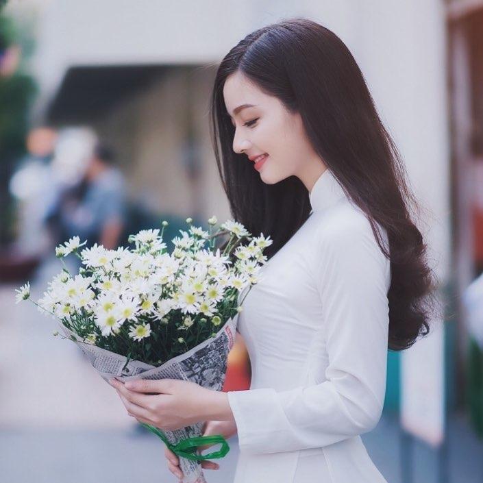 Thơ Hà Nội Và Em, Tình Thơ Viết Về Hà Nội & Em Rất Hay, Thơ Mộng