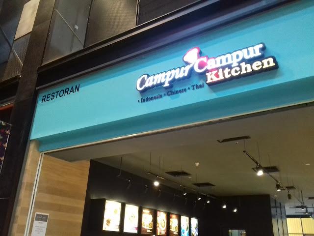 Pelbagai pilihan makanan sedap di Campur Campur Kitchen Cyberjaya