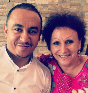 'I was not adopted o! Neither am I bleaching' – Freeze addresses people stunned at his father's dark complexion
