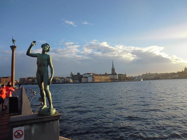 Estocolmo soleada en plena navidad (@mibaulviajero)