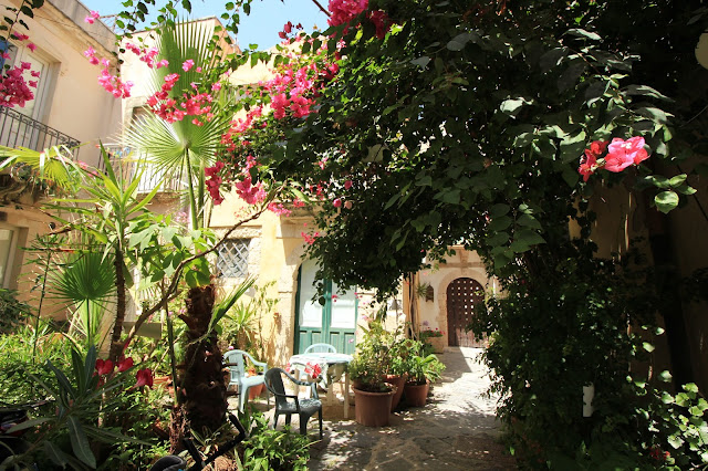 Garden in Ortigia Sicily Italy Photo Diary Uk Blogger Iga Berry