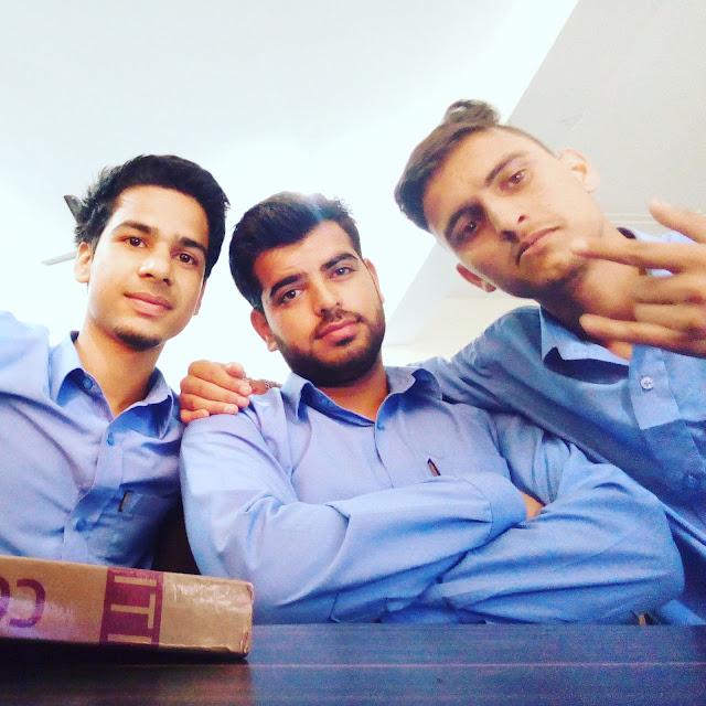 3 Friends , 3 Idiots , Best Friends , ITI Boys