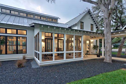 Whitehousebluegarden Modern Farmhouse Style