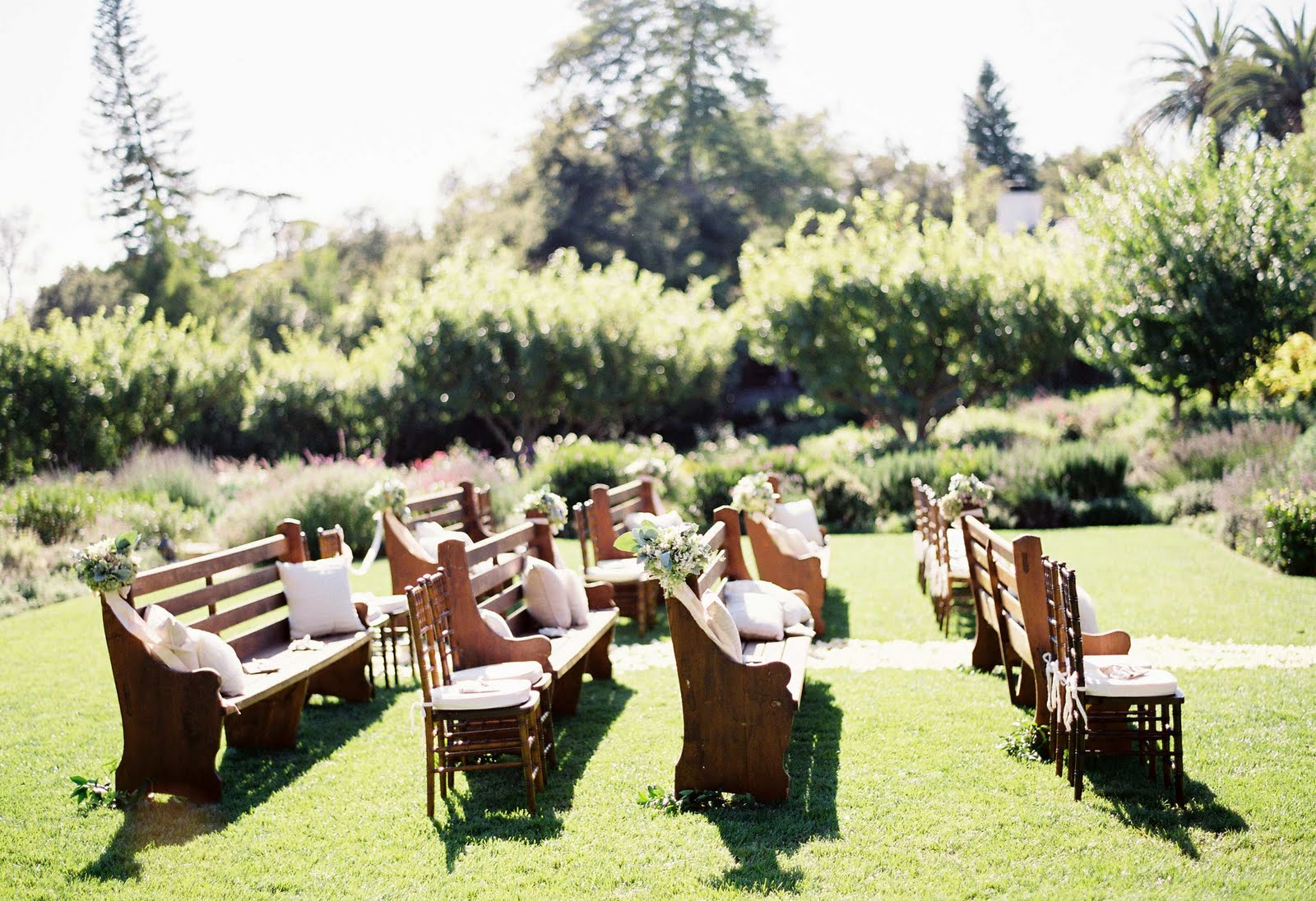 Dorothy And Ben: Nearlyweds: Table Decor