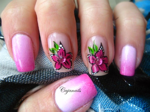 Pink Flower Nail Art|http://refreshrose.blogspot.com/