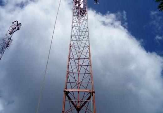 Alagoinhas: moradores do Riacho da Guia comemoram chegada do sinal de celular