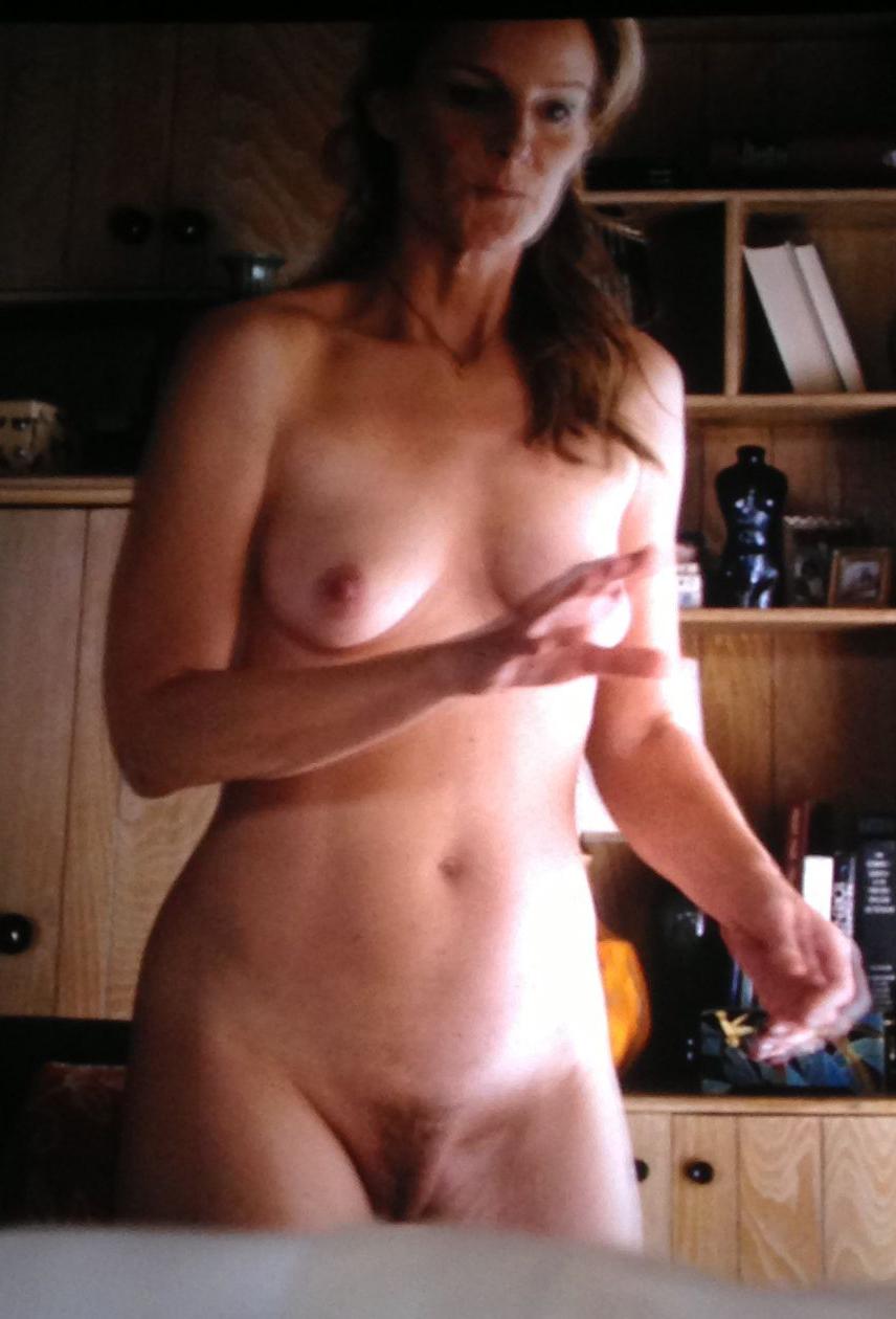 Helen Hunt Tits 56