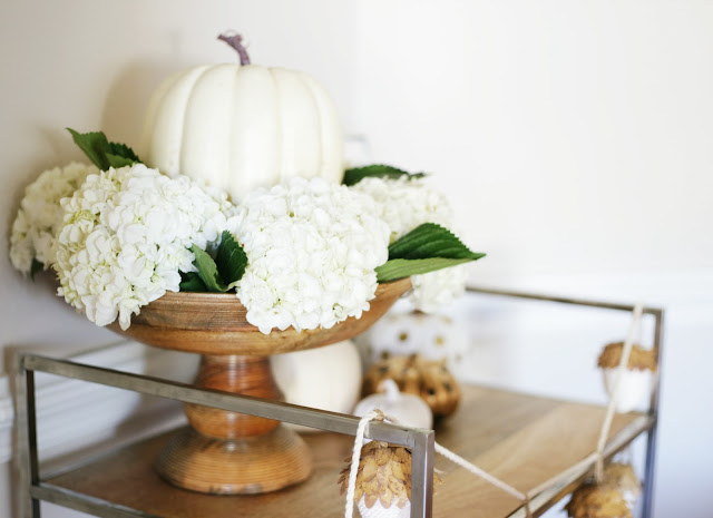 Autumn_decor_decorating_with_pumpkins