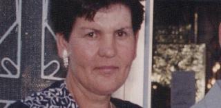 Μια viral ανάρτηση για τη Σύρμω Κανλίδου που την έψαχνε η Νικολούλη και βρέθηκε κρεμασμένη σε δέντρο