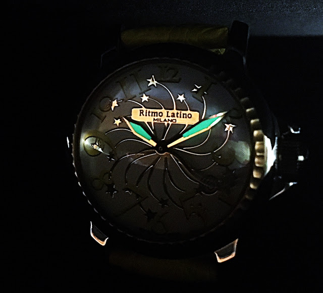 RitmoLatino MILANO STELLA D3EB70GS ファッション 時計 イタリア 人気 イエロー マスタード 星 夜空 流れ星 母の日 プレゼント 女性 ビタミンカラー ミラノ 蓄光 ワニ革