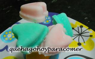 Corazones helados de yogur