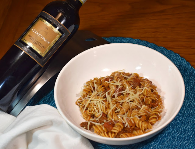 Còlpetrone Montefalco Sagrantino and Pasta with Red Pesto & Truffle Meat Sauce.