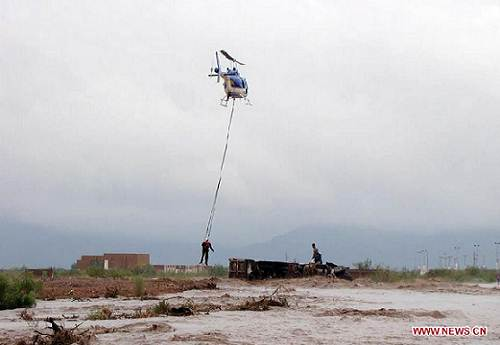 Chihuahua_Mexico_flood_rescue_photo