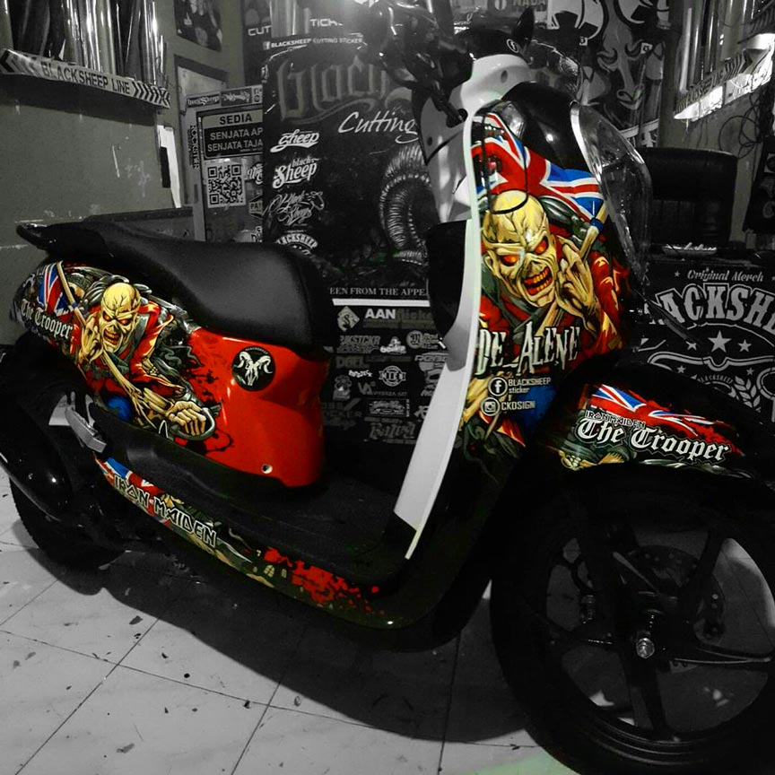 honda scoopy iron maiden cutting sticker