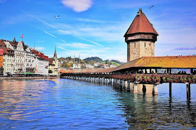 Gambar Pemandangan Alam Indah di Swiss Jembatan Kappel Kota Luzern