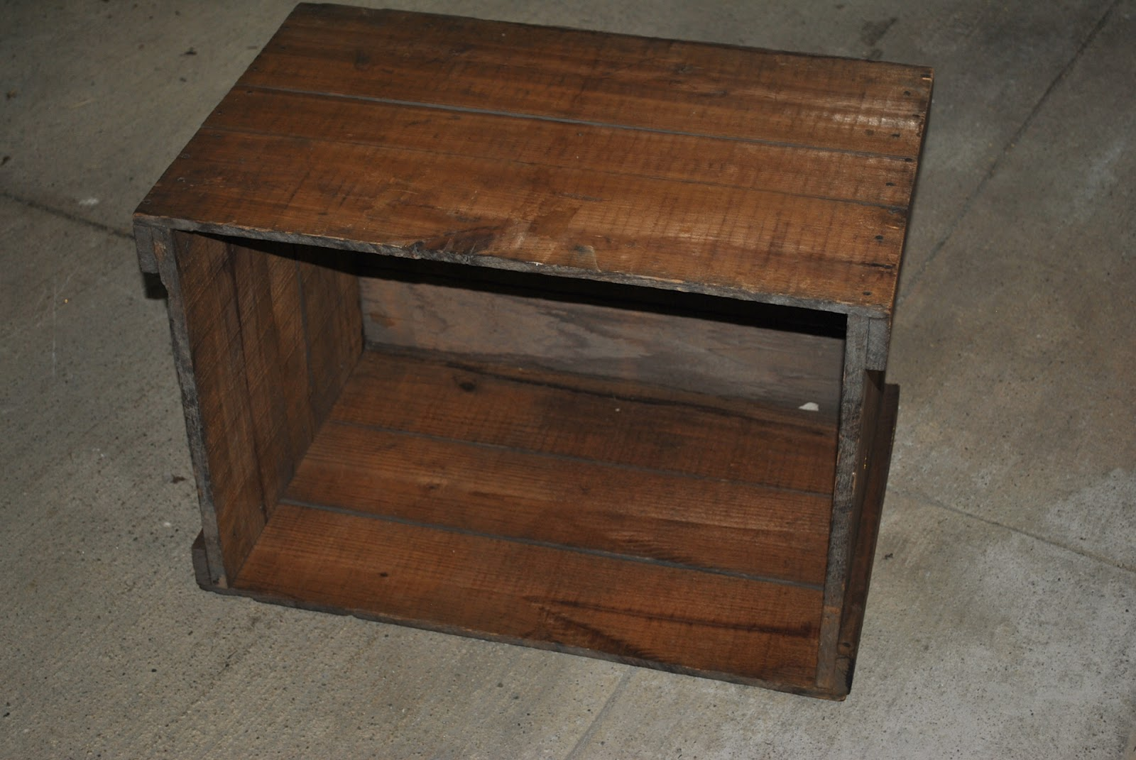 Freckle: Wooden Crate DIY Projects: Side Table and Storage ...