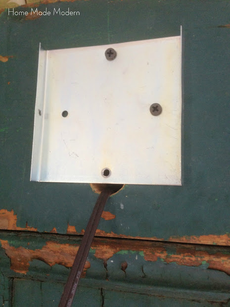 wall lamp mounting plate