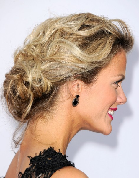 45 elegant loose updo hairstyles hairstylo brooklyn decker low loose bun updo urmus Choice Image