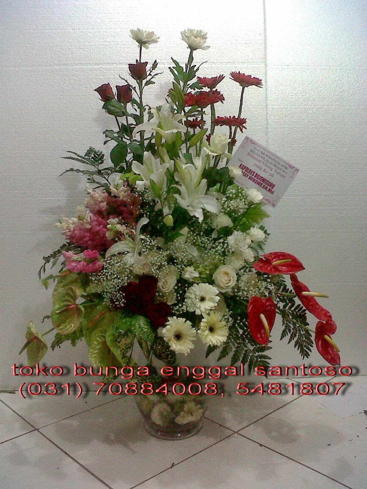 bouquet bunga meja vas kaca untuk ucapan ulang tahun