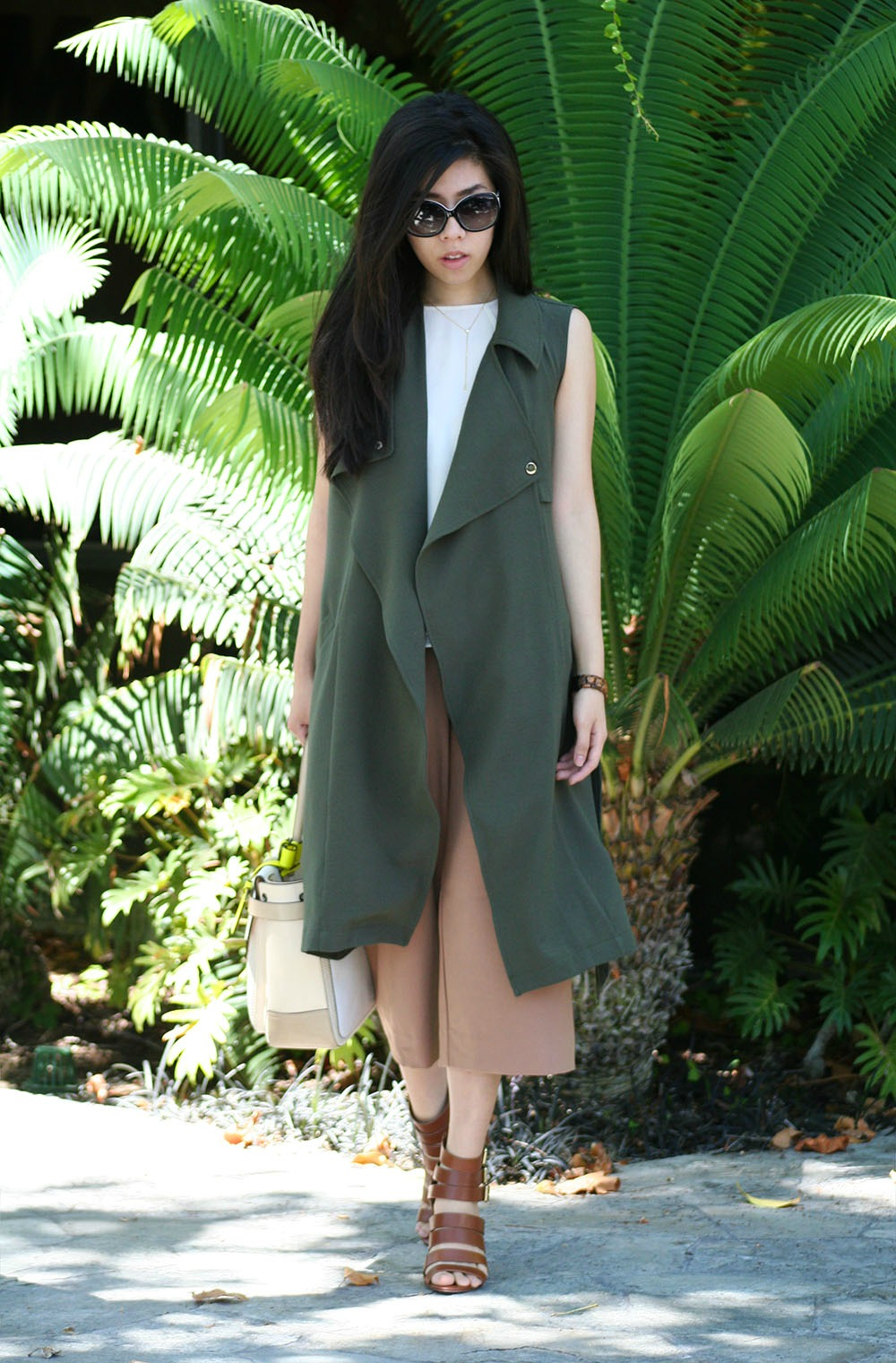 Duster Coat and CUlottes_How to Wear CUlottes to Work_Adrienne Nguyen_UCSD SChool of Pharmacy