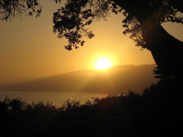 Sunset view from Santa Monica, image by LeAnn for linenandlavender.net
