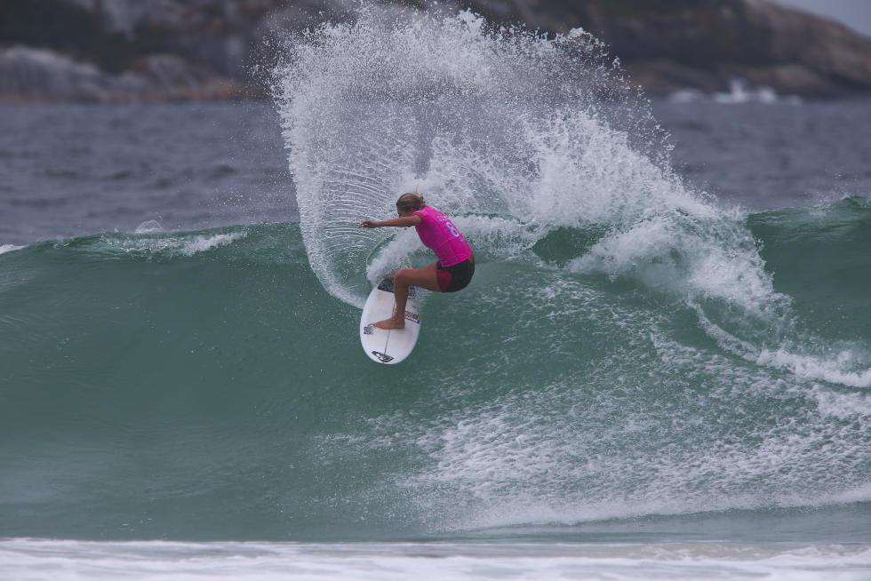 17 Stephanie Gilmore Oi Rio Pro Foto WSL Kelly Cestari