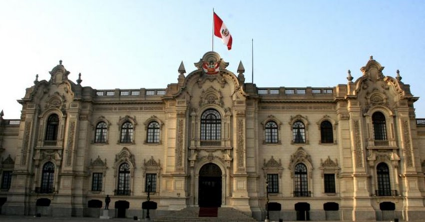 Nuevo Ministro de Economía juramentará esta tarde en Palacio de Gobierno