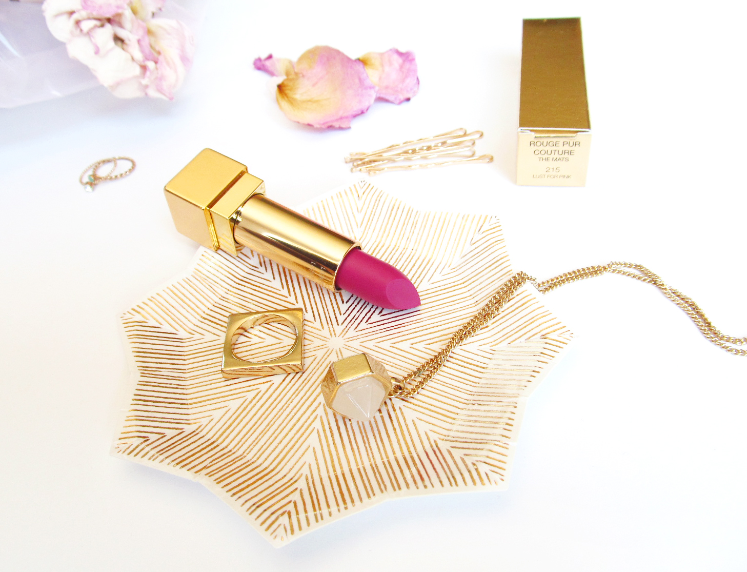 Passing Fancy: YSL Rouge Pur Couture THE MATS: Review & Test