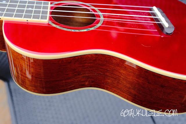 Fender Zuma Ukulele colour contrast