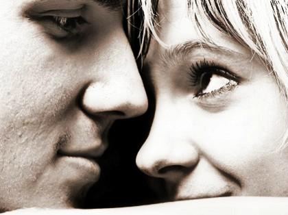 pareja atractivo personalidad