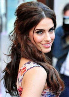half up half down hairstyle for dark black hair