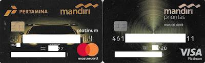 Kartu Kredit Mastercard Platinum Edisi Pertamina (Kiri) dan Kartu Debit Visa Platinum Edisi Prioritas (kanan) Bank Mandiri