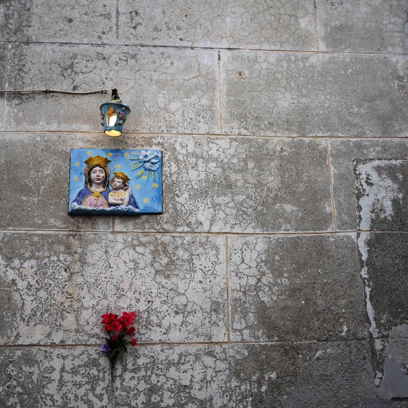 Immagine sacra su di un muro di Procida