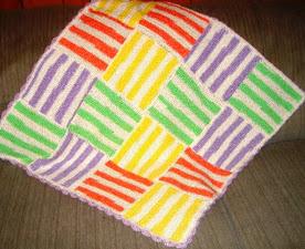 http://translate.googleusercontent.com/translate_c?depth=1&hl=es&rurl=translate.google.es&sl=en&tl=es&u=http://mocrochet.blogspot.com.es/2009/06/happy-stripes-baby-blanket.html&usg=ALkJrhhcsNhtgwmM6tNWlBWLiFDAoGOFzA