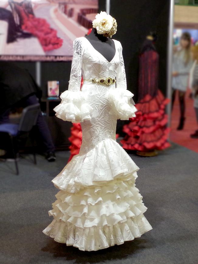Traje de flamenca blanco