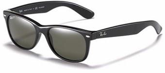 d05648ce9 Além disso, a marca inovou ao introduzir uma linha de óculos que vinha com  canetas especiais para colorir a armação branca, denominada Colorize Kit;  e, ...