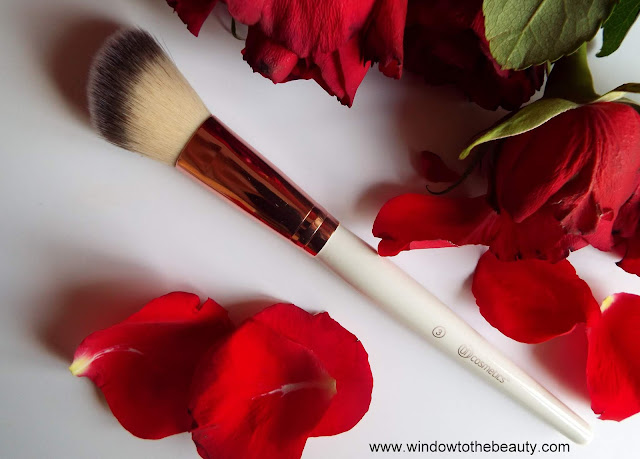 Bh Cosmetics Blush Brush