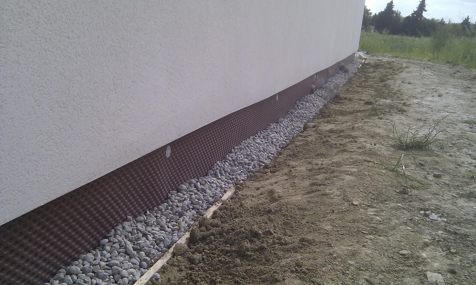 Systeme de drainage autour la maison avie home for Infiltration eau garage