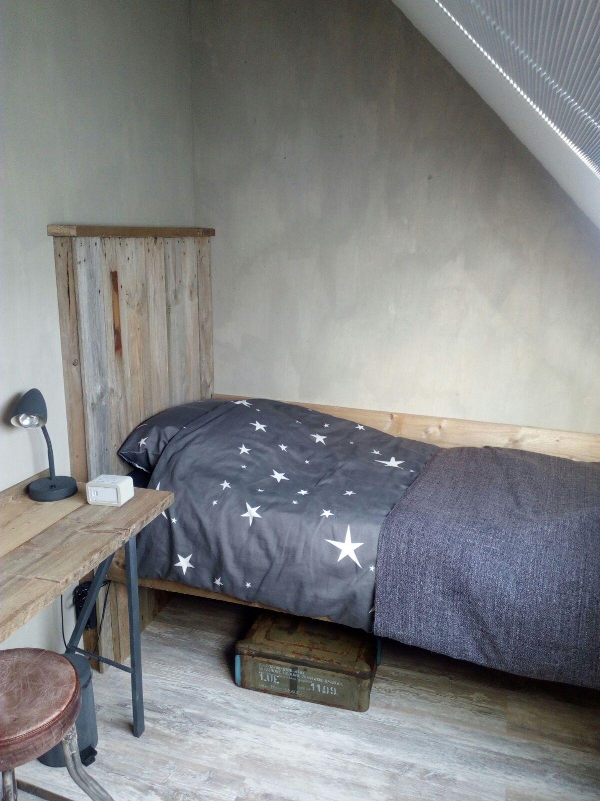 Wonen in je eigen stijl verandering slaapkamer dochter joyce - Mooie meid slaapkamer ...