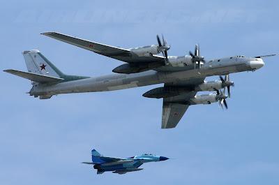 Resultado de imagem para um bombardeiro tu 95