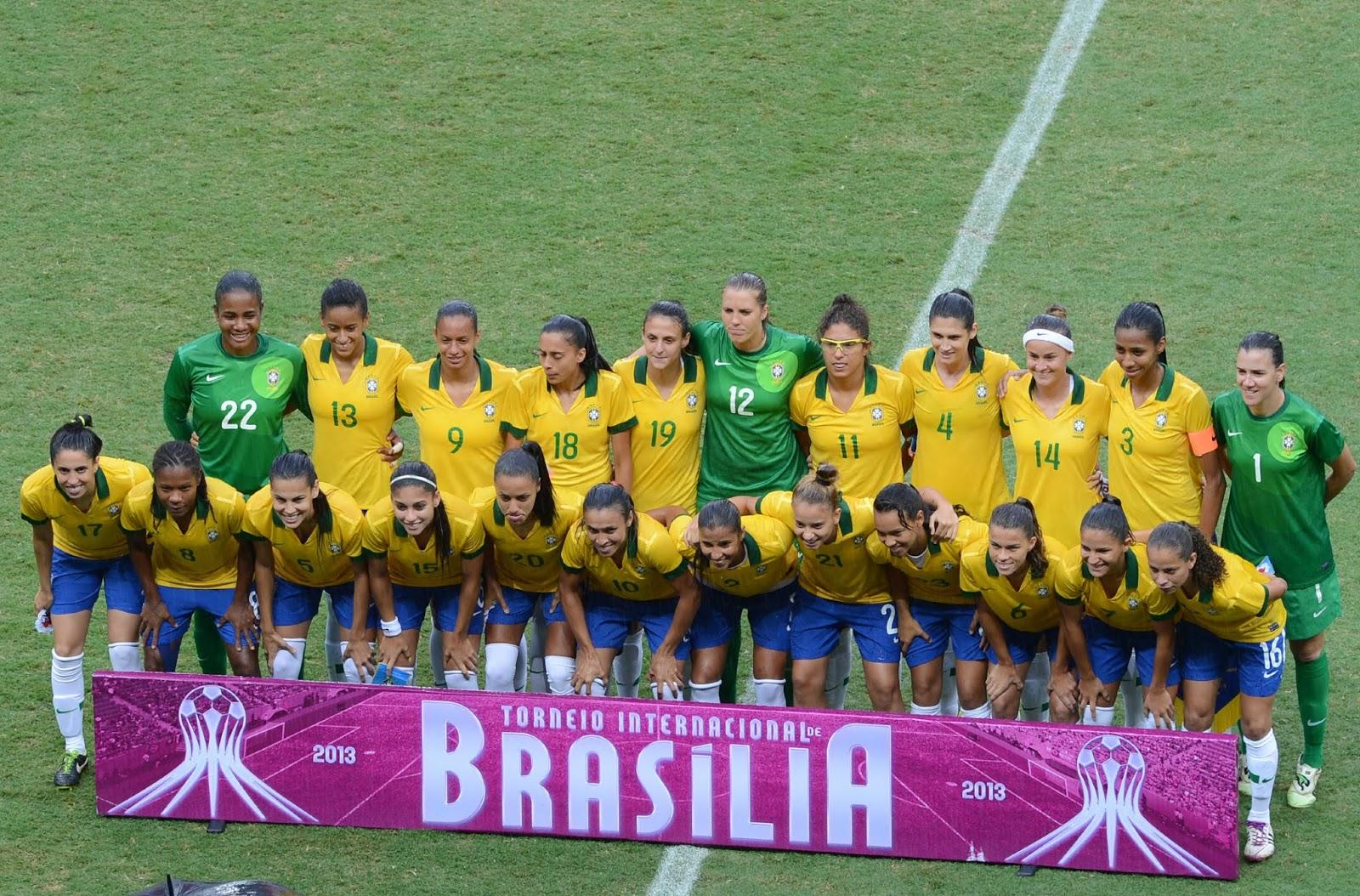 Titulares y suplentes de selección femenina de Brasil ante Chile, Torneio Internacional de Brasília 2013, 22 de diciembre
