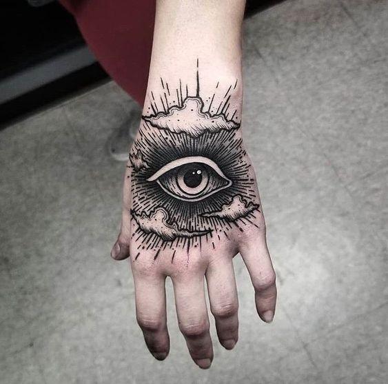 15 Amazing Blackwork Tattoo Ideas