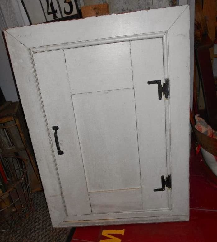 Log Cabin Antiques & Gifts: Fireplace cupboard