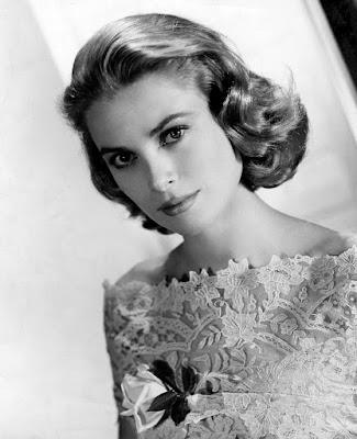 Grace Kelly. MGM Photo. Source: wikipedia.org