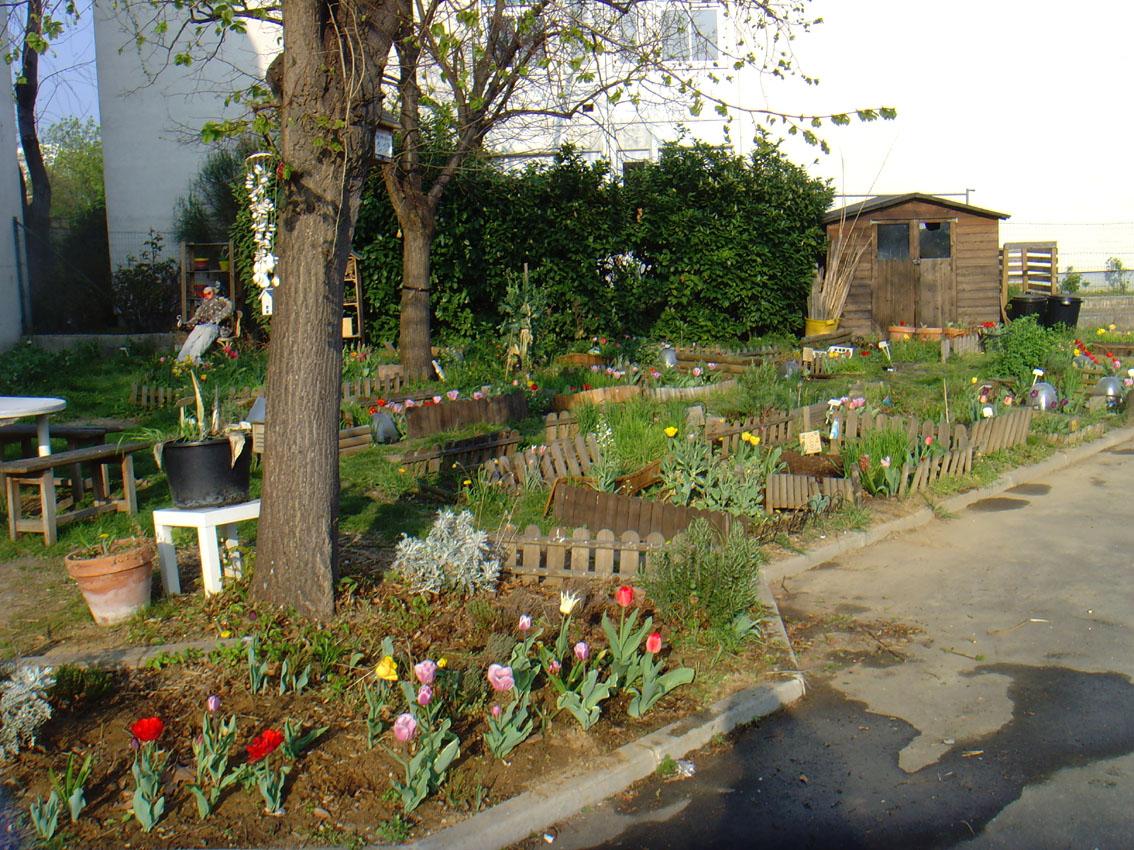 le jardin des g teaux serge mora le plus beau de tous les jardins du monde. Black Bedroom Furniture Sets. Home Design Ideas