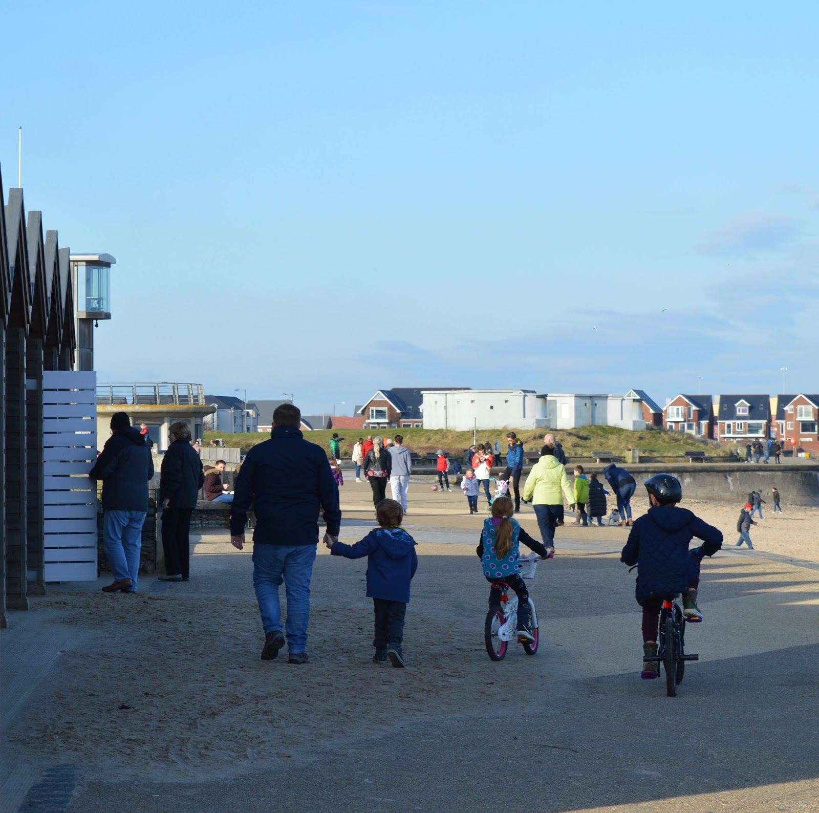 13 of the best pushchair-friendly walks around North East England as recommended by local parents - blyth beach