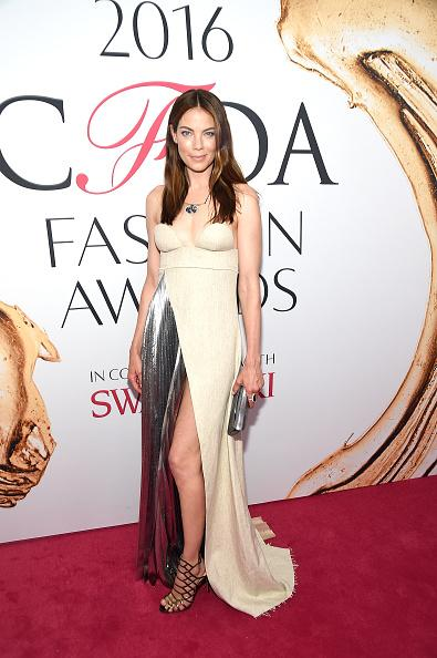 Michelle Monaghan Silver Crushed Edwin Clutch