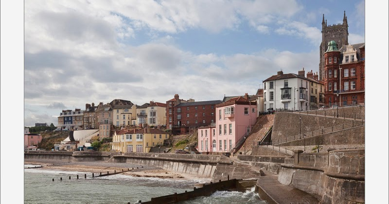 PhotoReflect: Views from Cromer pier